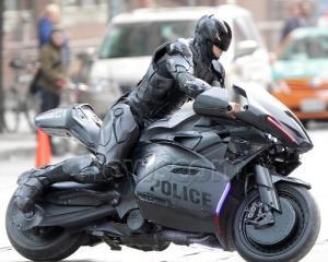 Robocop-Motorbike-4